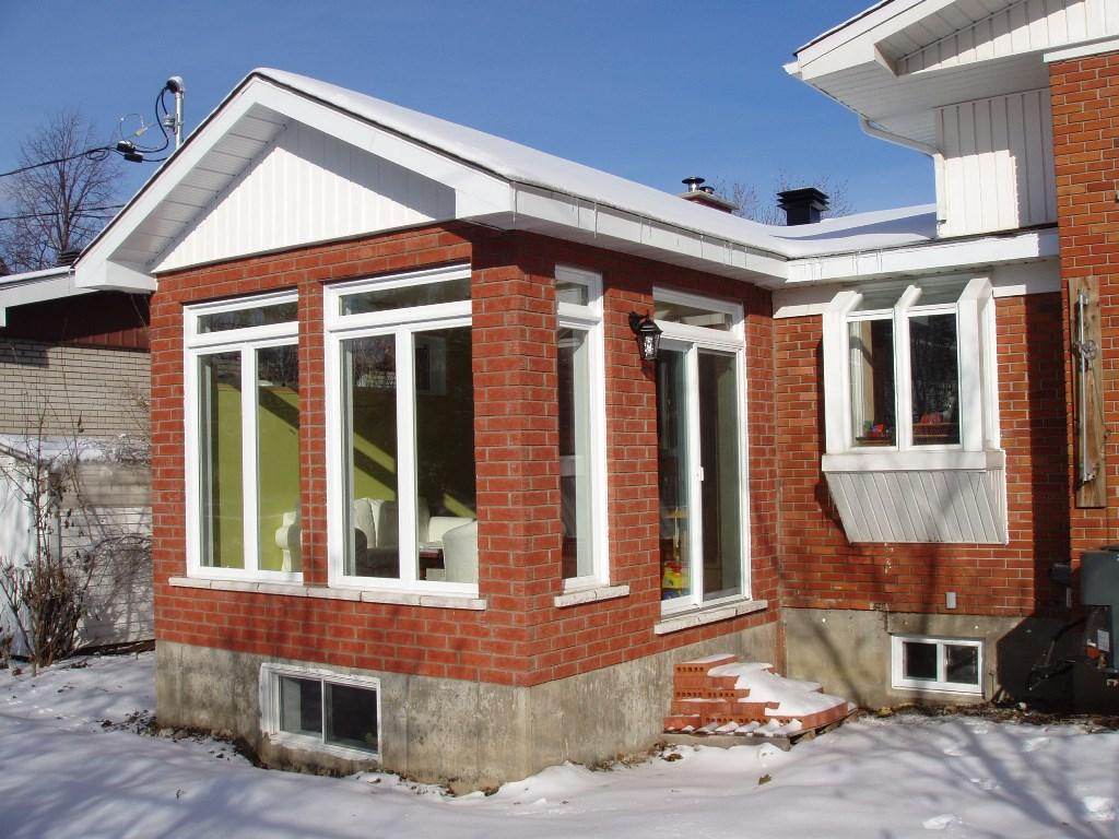 Module extension maison austen house par adam knibb for Module extension maison